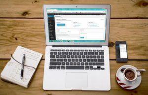 Laptop WordPress Design