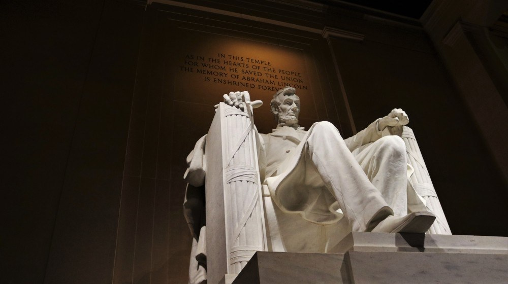 What Is Emotional Intelligence in Leadership? Abraham Lincoln Statue