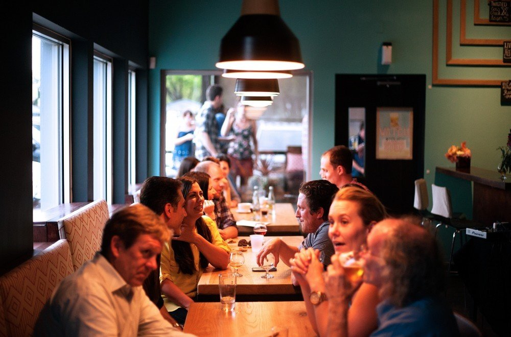 Emotional Intelligence and Relationships: People in a Restaurant